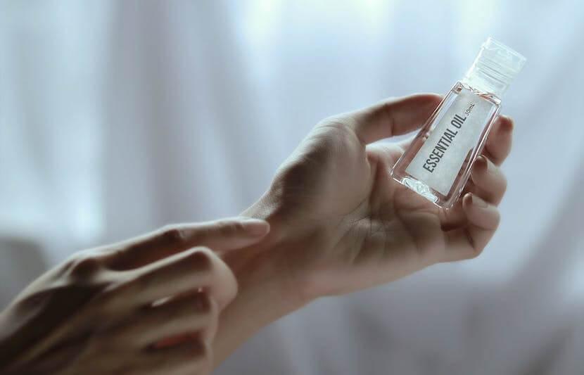 物質 抗生 天然 の