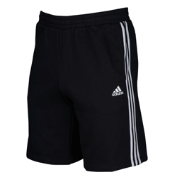 Save up to 50% off men's shorts at Foot Locker. Great deals on cargo shorts, gym shorts, mesh shorts.