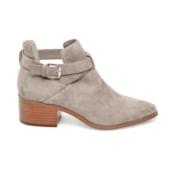 Save up to 50% off women's medium heel shoes and boots at Steve Madden. Great deals on platform shoes and pumps.