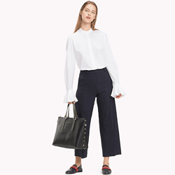 Save up to 50% off women's tops including shirts, button downs, and blouses at Tommy Hilfiger. Great deals on womens buttondowns, womens button down shirts.