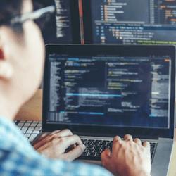 เลือกจากหลักสูตรออนไลน์ฟรีกว่า 200 หลักสูตรพร้อม Udacity เรียนรู้เกี่ยวกับหัวข้อต่างๆเช่น Business, Cloud Computing, Data Science, Artificial Intelligence และอื่น ๆ