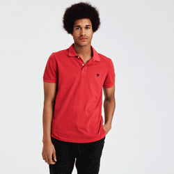 Save up to 60% off men's polos at American Eagle