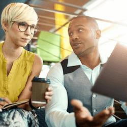 เรียนหลักสูตรออนไลน์ด้านธุรกิจโดยเน้นที่การตลาดดิจิทัลการวิเคราะห์การตลาดการวิเคราะห์ธุรกิจและอื่น ๆ