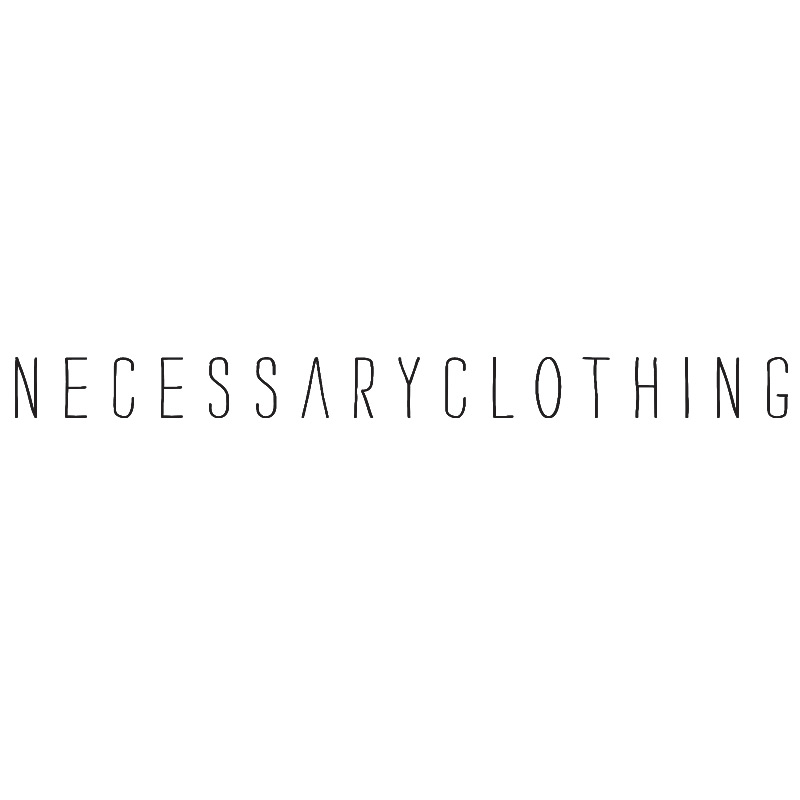 ส่วนลดเสื้อผ้าที่จำเป็นสำหรับนักเรียน
